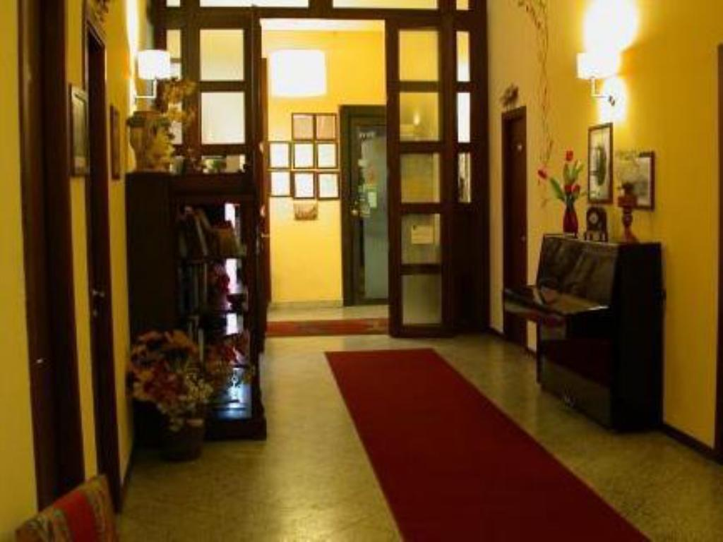 Hotellet indefra La Collegiata Guest House