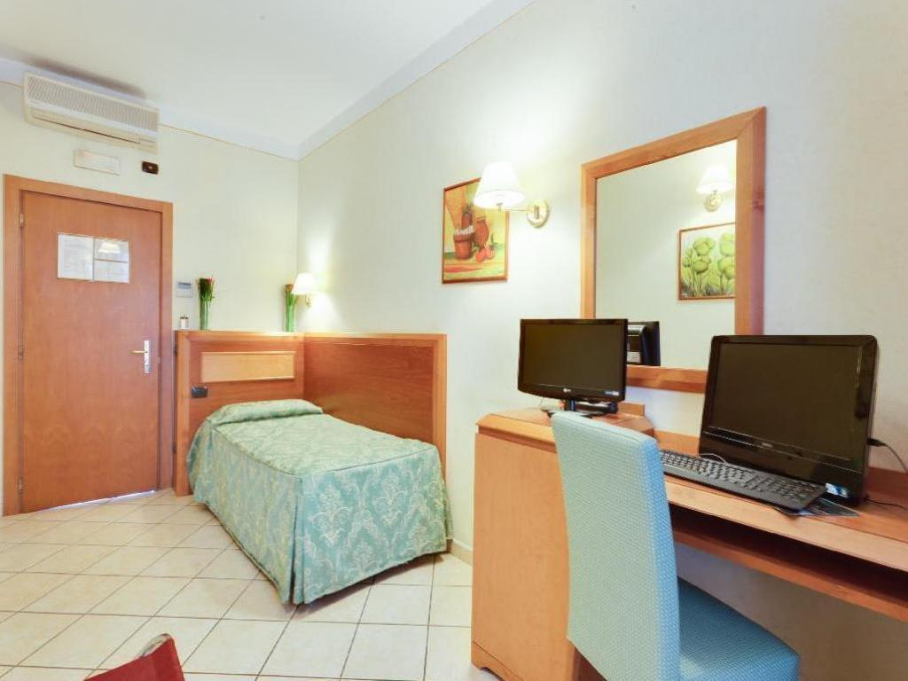 Single - Guestroom Hotel Mia Cara