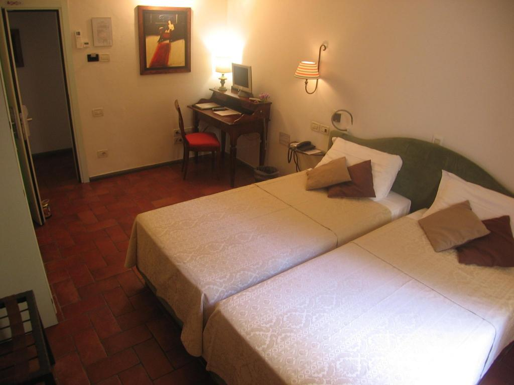 Double for Single Use - Guestroom Tourist House Ghiberti