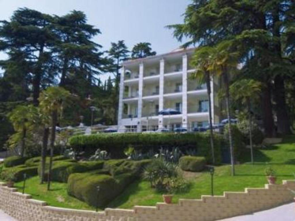 Hotel Excelsior Le Terrazze Garda 2019 Reviews Pictures