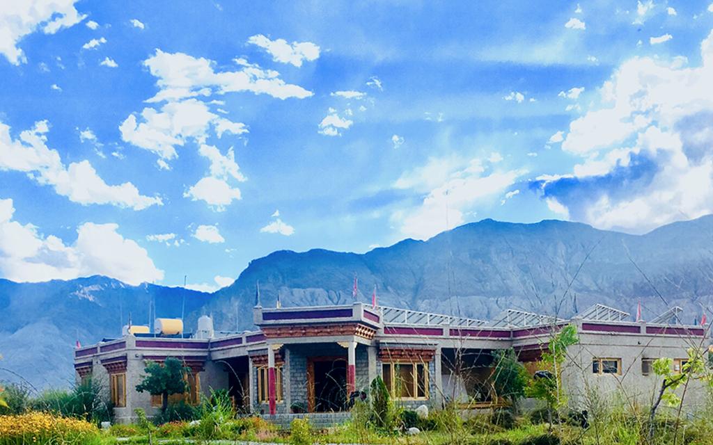 Kết quả hình ảnh cho Lchang Nang Retreat, Nubra Valley