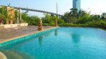 Nice 2BR Apt, Riverside and close to Asiatique