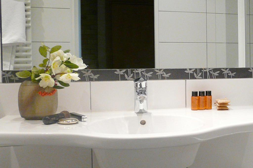 Classic Single Room - Bathroom HOTEL MICHELET ODEON