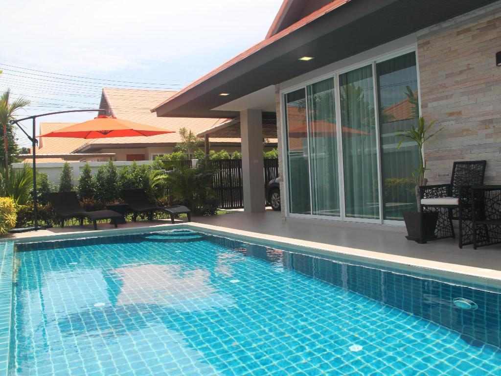 Privat villa - Utsikt The Ville Pool Villa Jomtien (Luxury pool Villa A23 / 3 BR 6-8 Persons)
