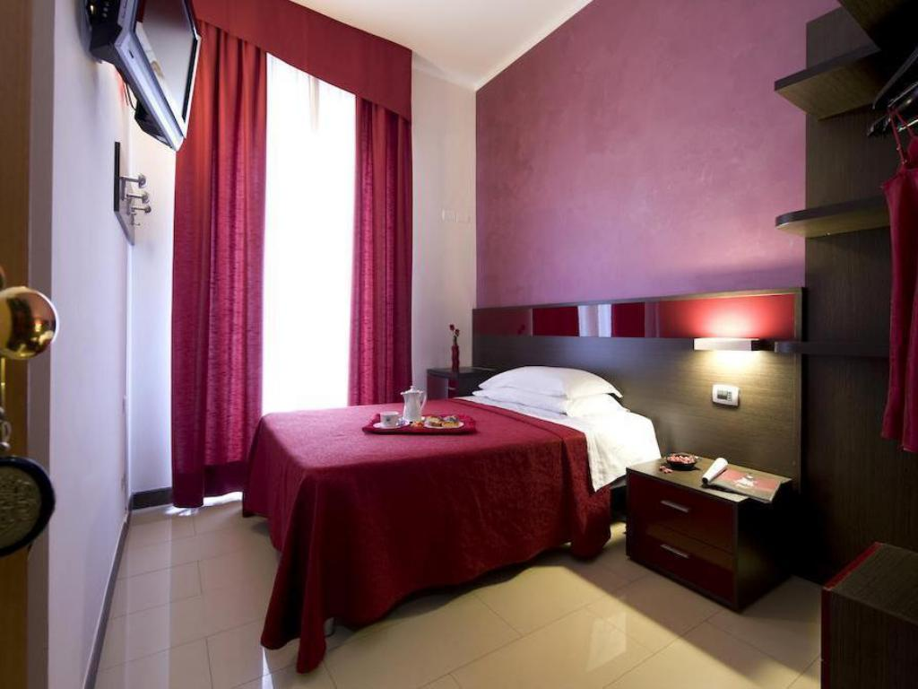Single Room Hotel Ideale