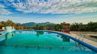 Sterling Mount Abu Resorts and Hotels