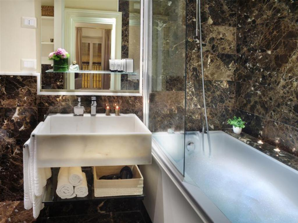 Bathroom Nerva Boutique Hotel