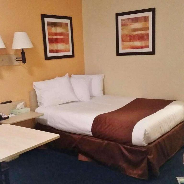 1 Double Bed Accessible Smoking - Bed Americas Best Value Inn New Philadelphia Dover