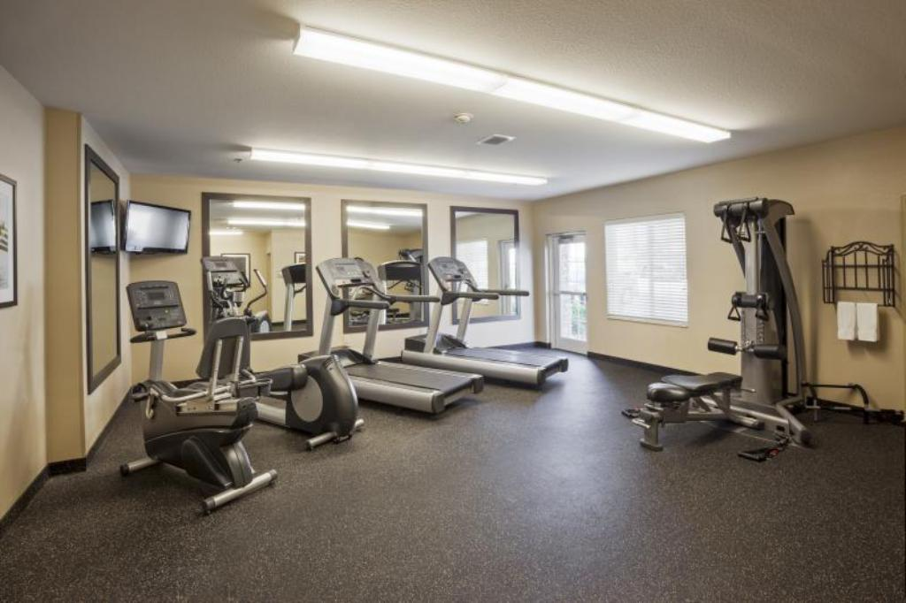 gimnasio Candlewood Suites Baton Rouge - College Drive