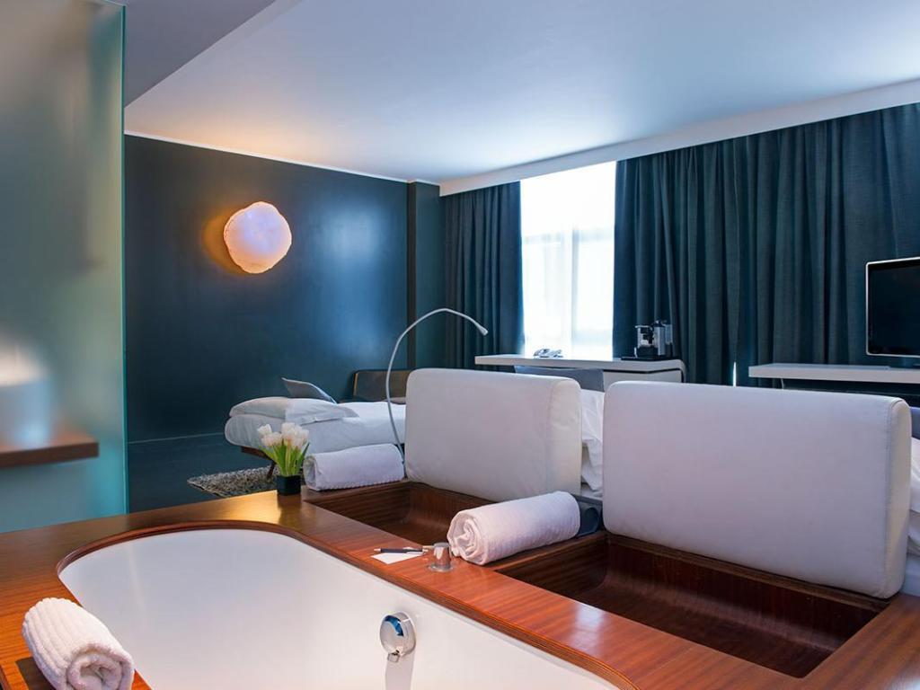 Radisson Blu es. Hotel Rome, Roma | Da 103 € | Offerte Agoda