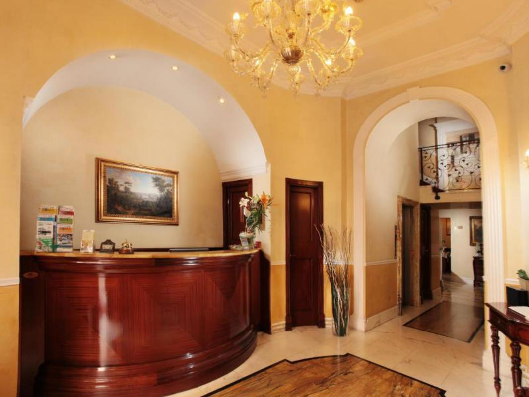Hotel Solis Colosseum And Foro Romano Rome Room Deals