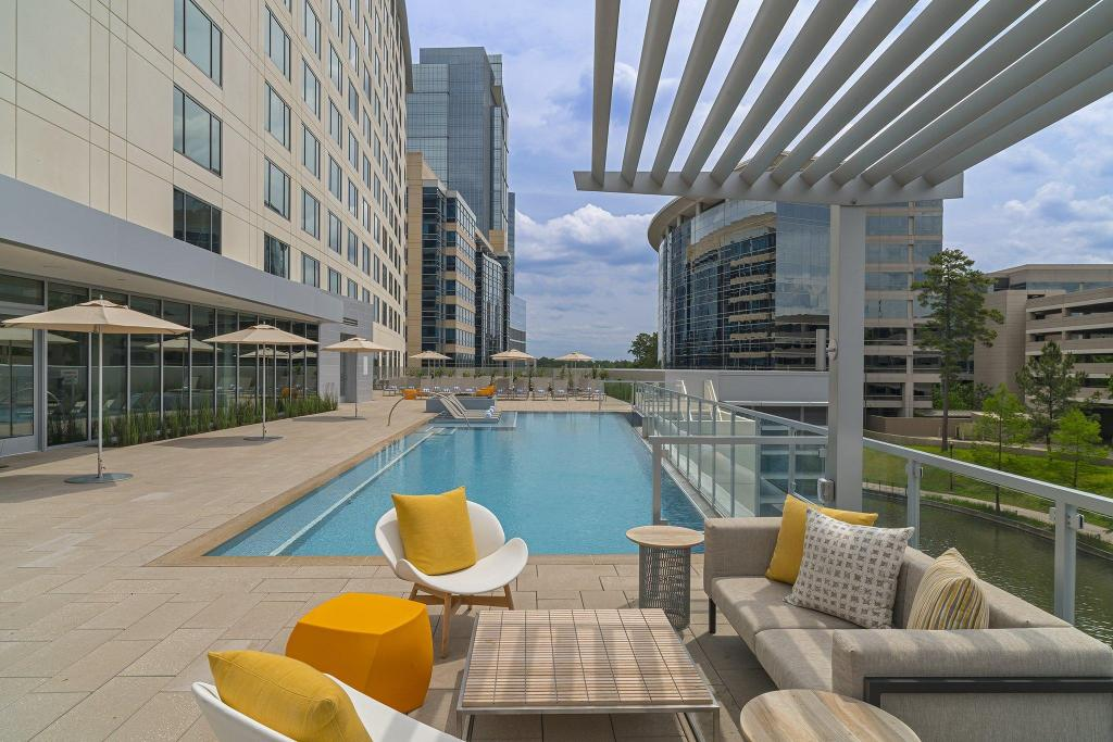 piscina al aire libre The Westin The Woodl&s (The Westin The Woodlands)