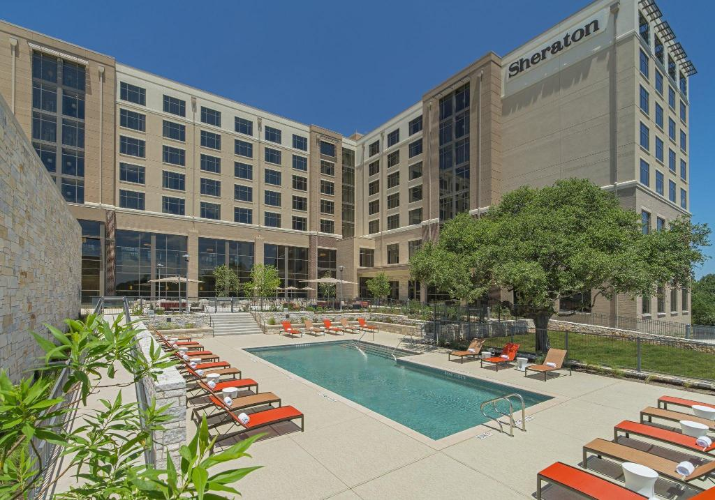 външен басейн Sheraton Austin Georgetown Hotel & Conference Center