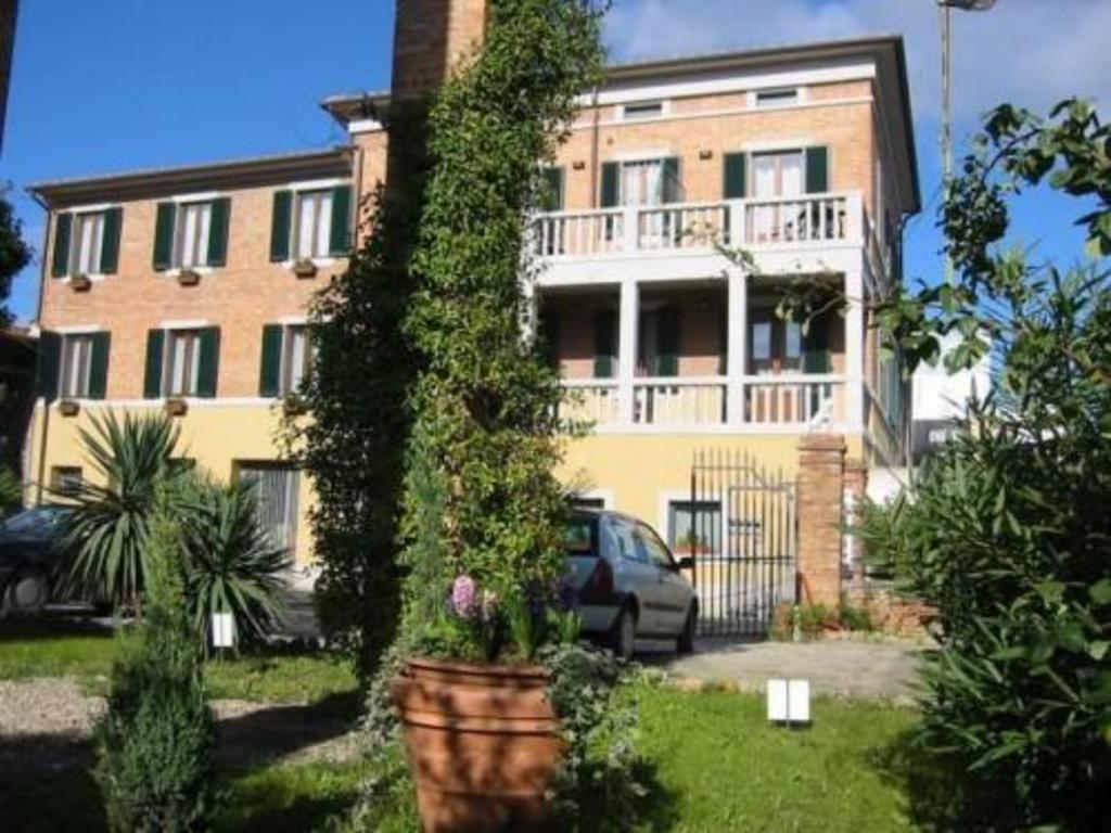 Soggiorno Lo Stellino in Siena - Room Deals, Photos & Reviews
