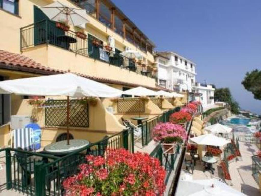 Residence Le Terrazze in Sorrento - Room Deals, Photos & Reviews