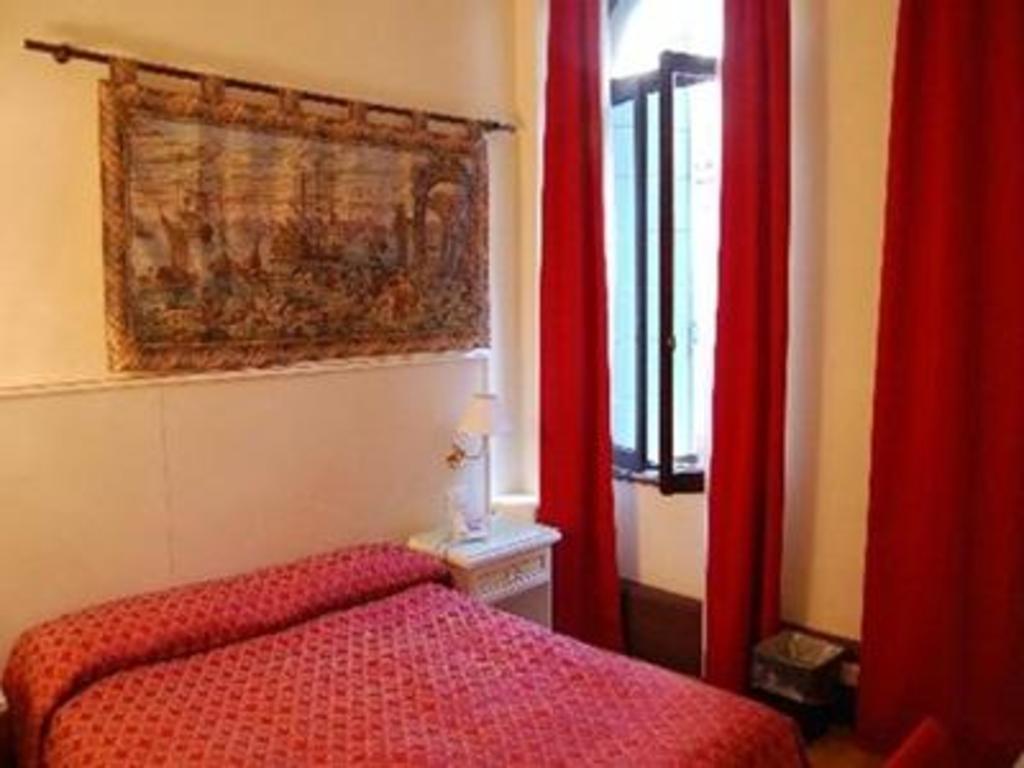 Corte Dei Greci Hotel Hostel Venice Deals Photos Reviews