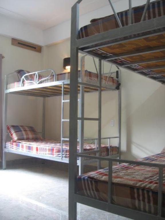 Mixed Dormitory - Male And Female Shared Room