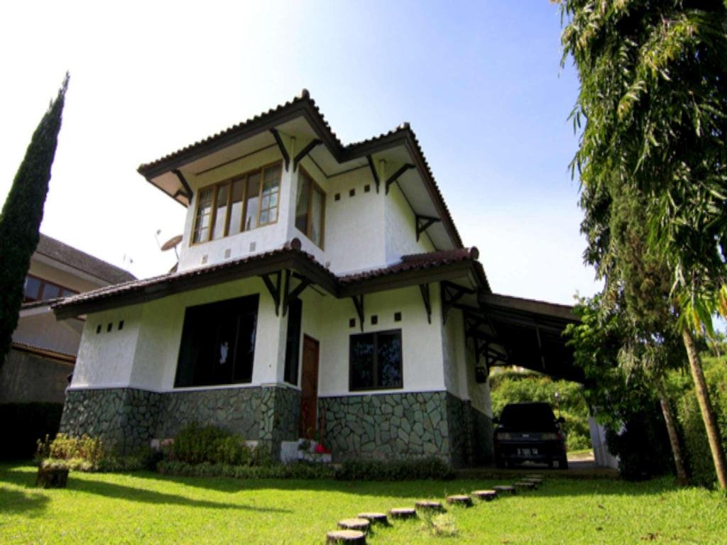See all 36 photos Villa ChavaMinerva Dima - Ciater Highland Resort