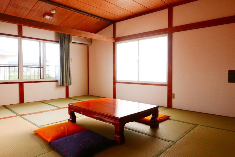 Standard Japanese Style Partial Mount Fuji View Room