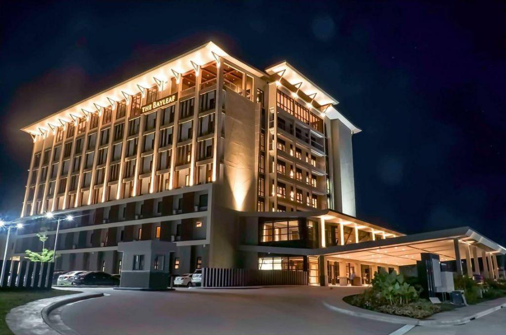 Sky Deck - The Bayleaf Hotel reviews - Zomato United States