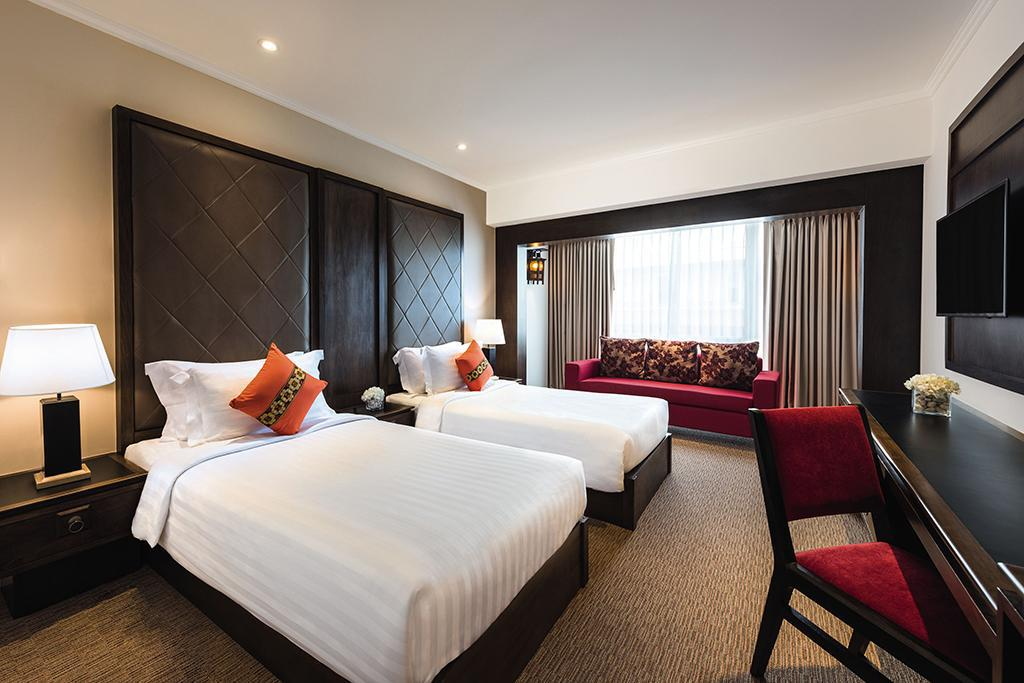Deluxe Twin - Bed Movenpick Suriwongse Hotel