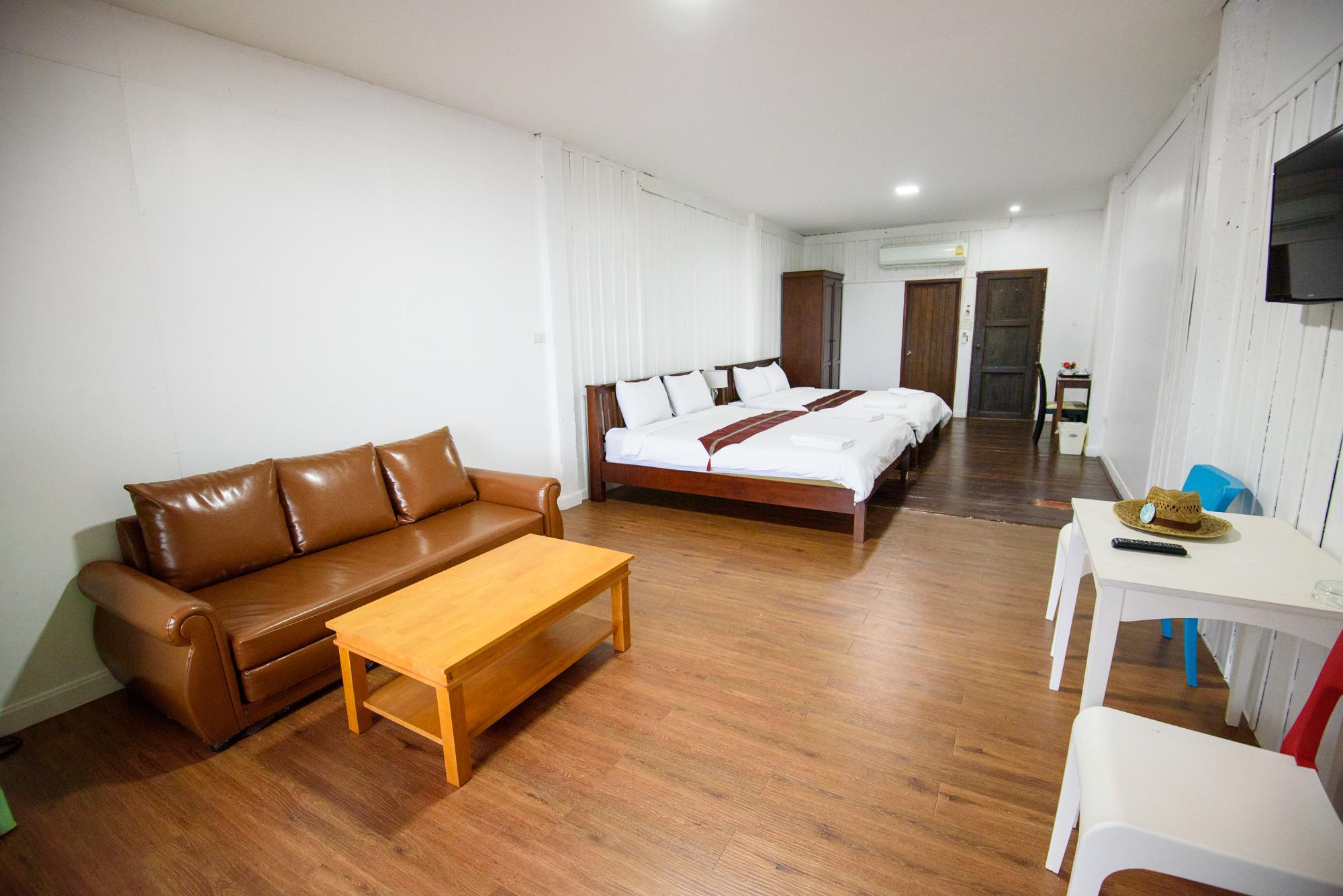 Supeior Double Room with Round Bed
