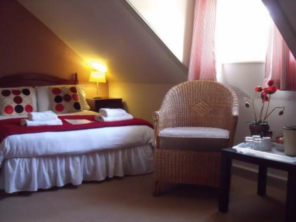 Standard En Suite Double Room Abbotsfordlodge