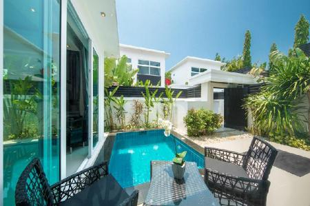 Swimming pool Colibri Pool Villa Pattaya