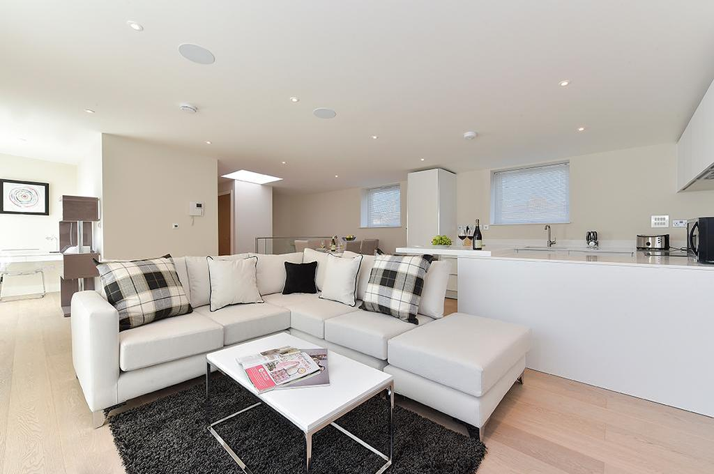 Best Price On Tower Bridge City Apartments London In London Reviews New 2 Bedroom Flat For Rent In London Interior
