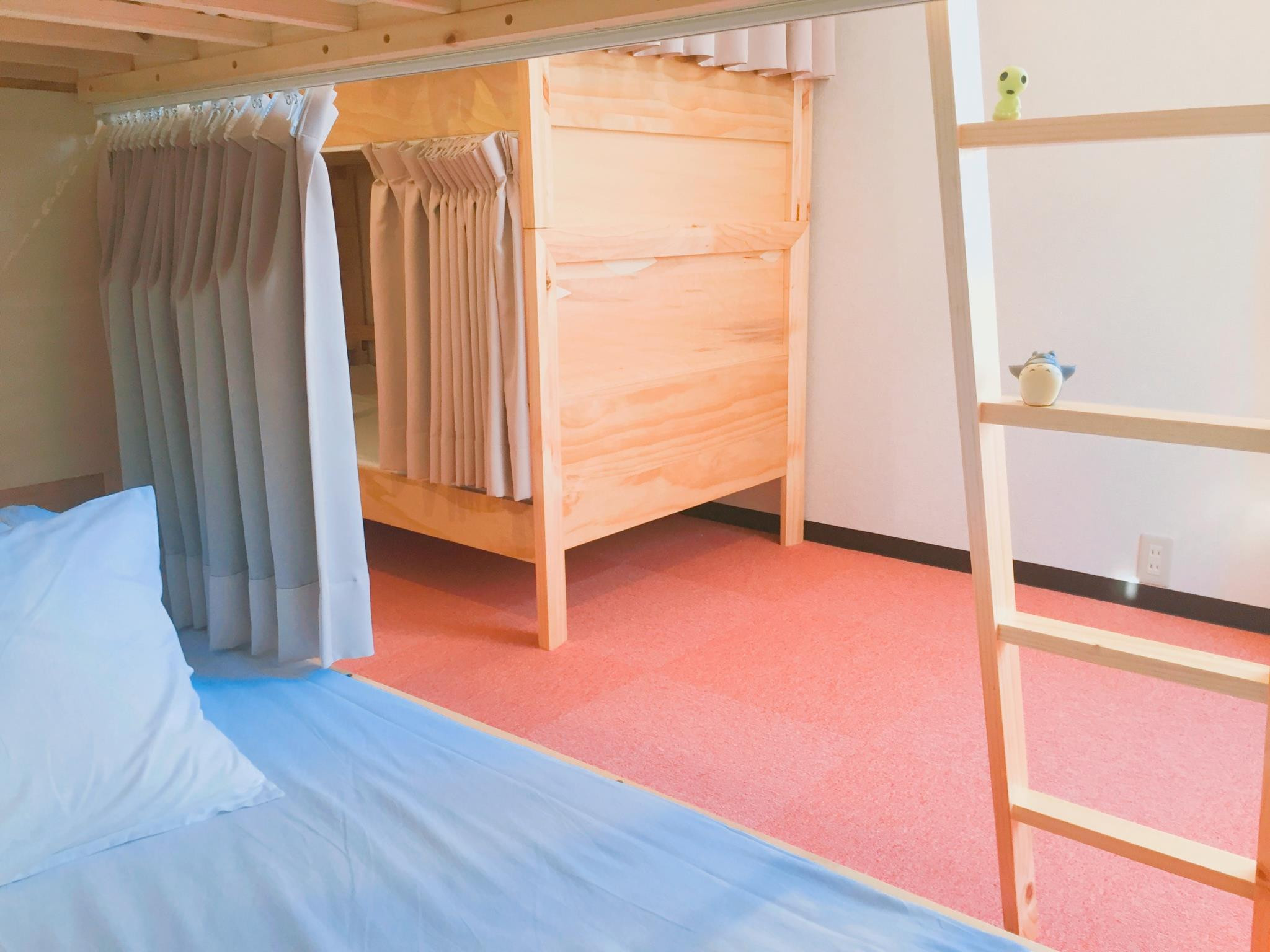 女生宿舍(4張碌架床) (Female Dormitory (4 Bunk Bed))