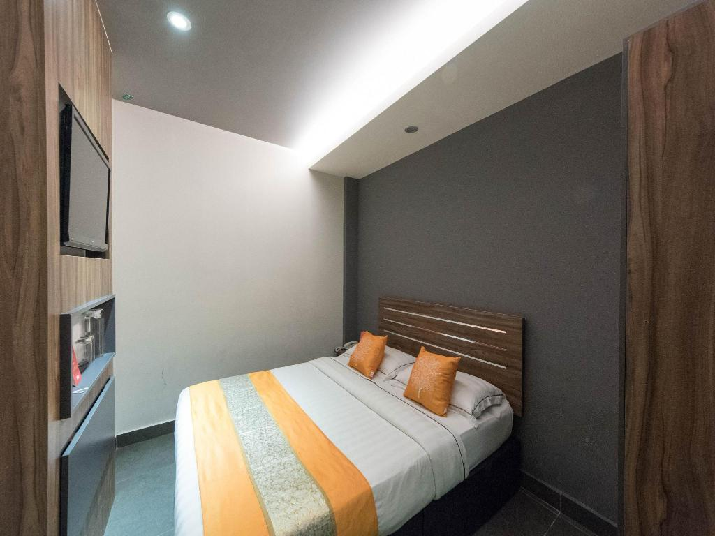 Double or Twin Room with Private Bathroom OYO 141 Hotel 1915 Kuala Lumpur