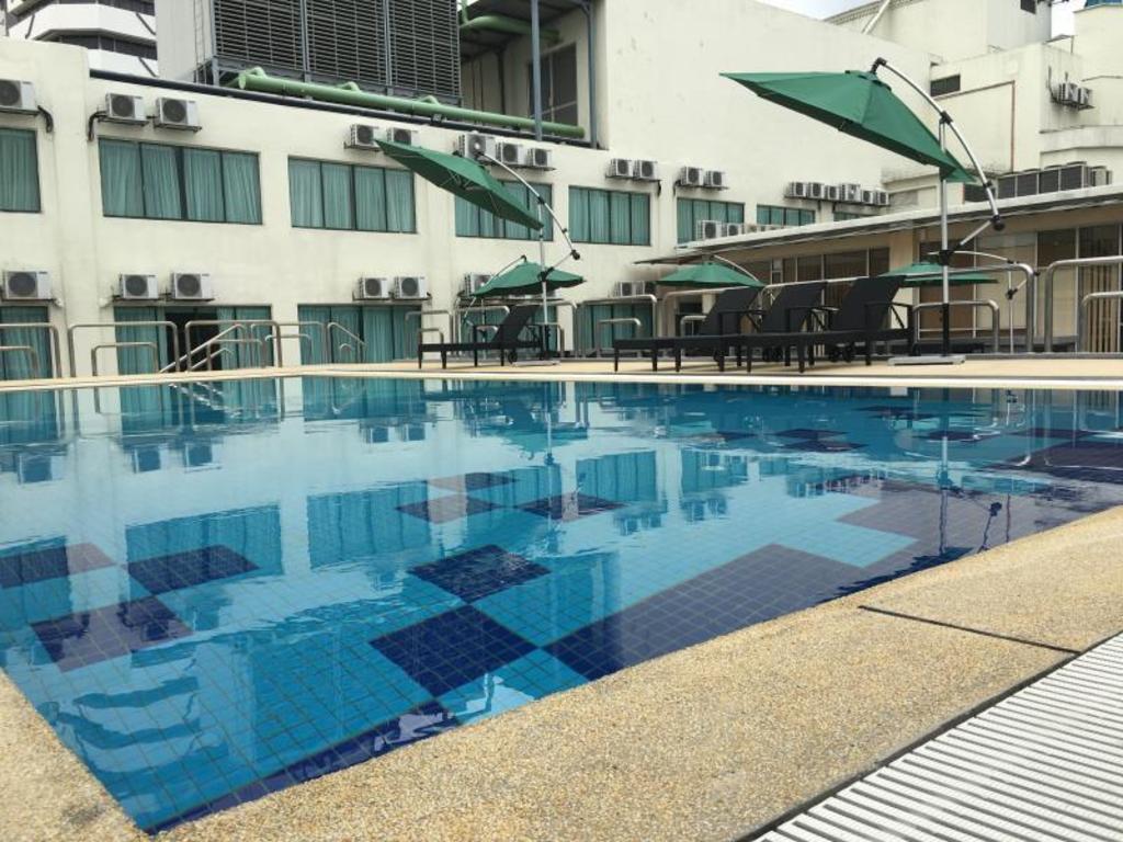 Best Price On Aliya Hotel Klang In Klang Reviews