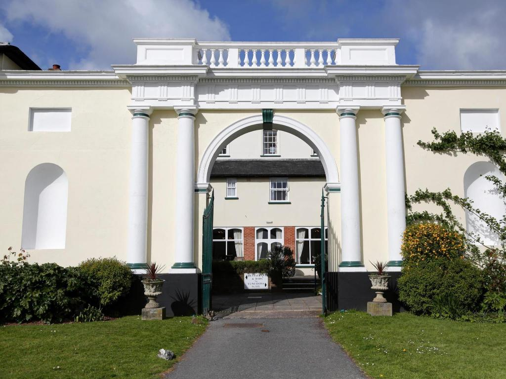 Best Price On Best Western Lord Haldon Hotel In Exeter
