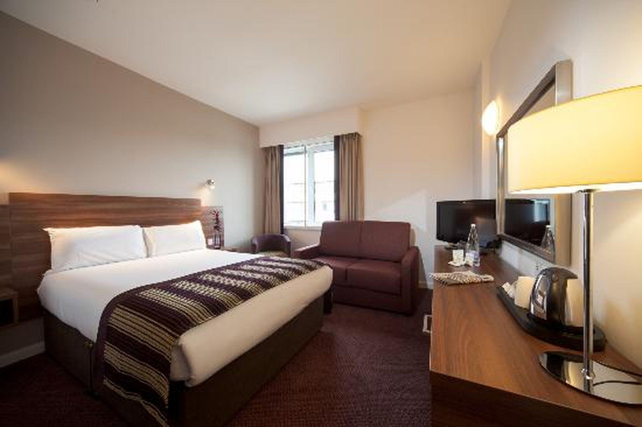 Jurys Inn Glasgow Hotel Deals Photos Reviews