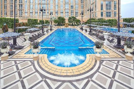 Swimming pool [outdoor] The Parisian Macao