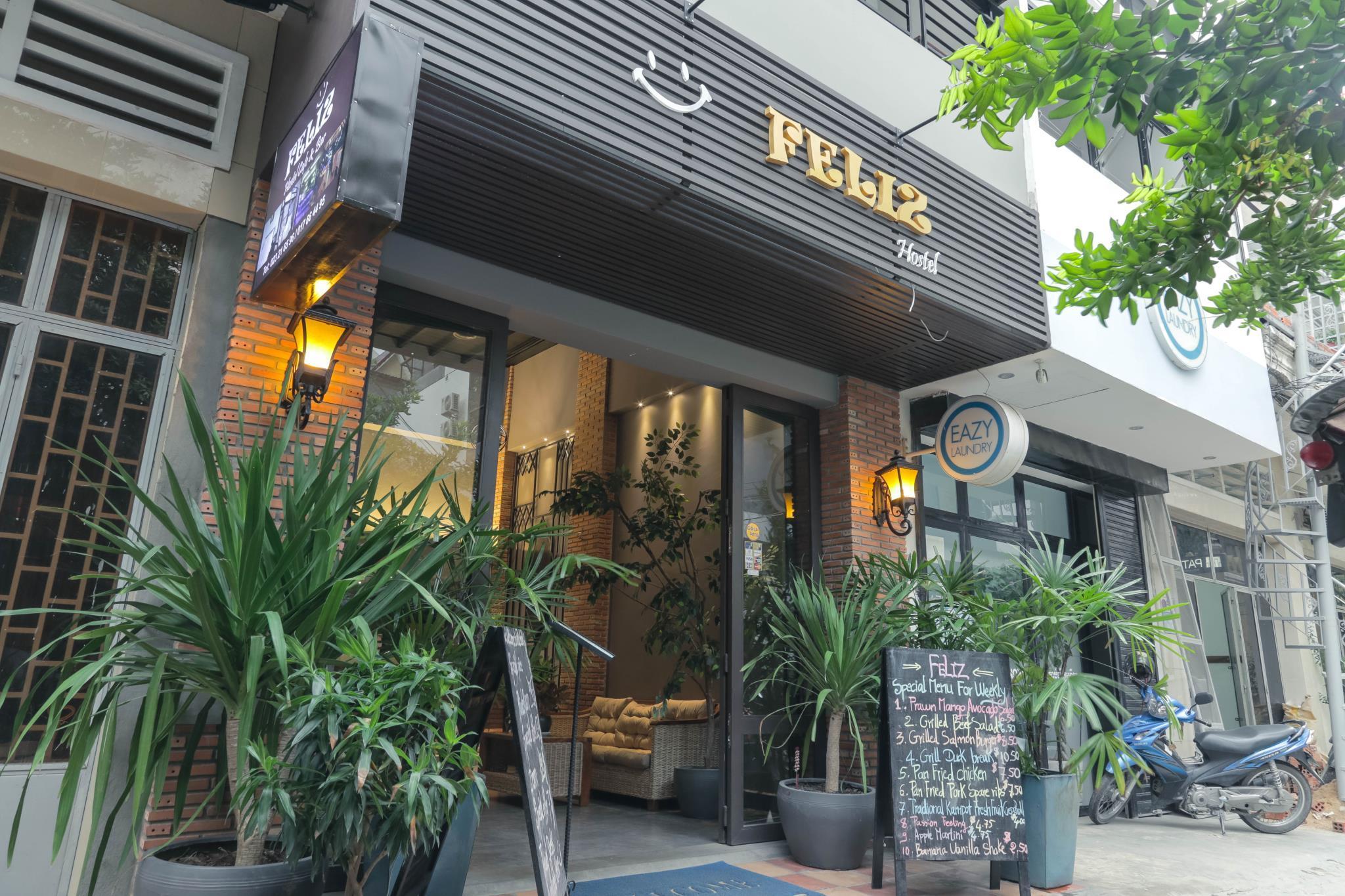 feliz hostel cafe bar in phnom penh room deals photos reviews rh agoda com