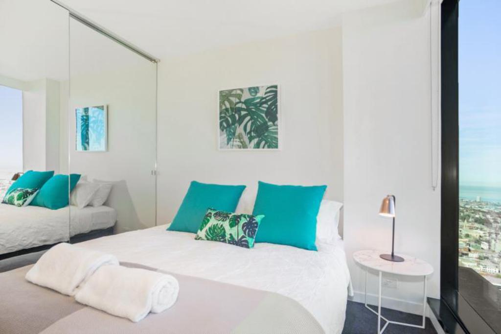 See all 30 photos Serviced Apartments Melbourne - Platinum