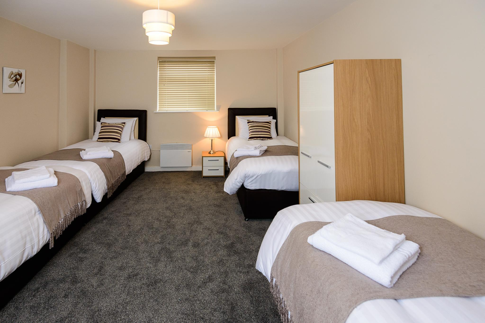 Best Price On City Gate Suites In Manchester Reviews  # Meuble Tv Arena