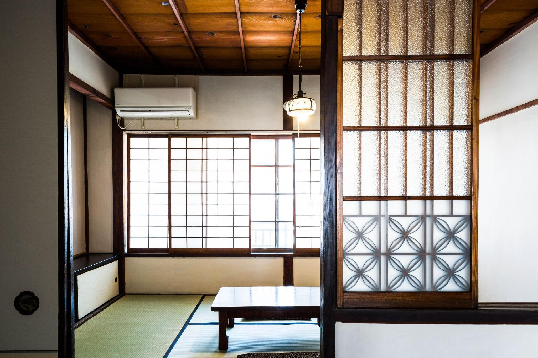 五號日式客房 - 需共用衛浴 (Go Japanese Style Room with Shared Bathroom)