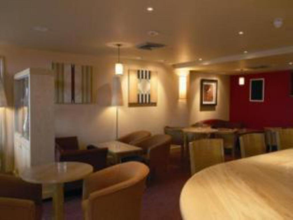 Bar/lounge Premier Inn Leeds City West