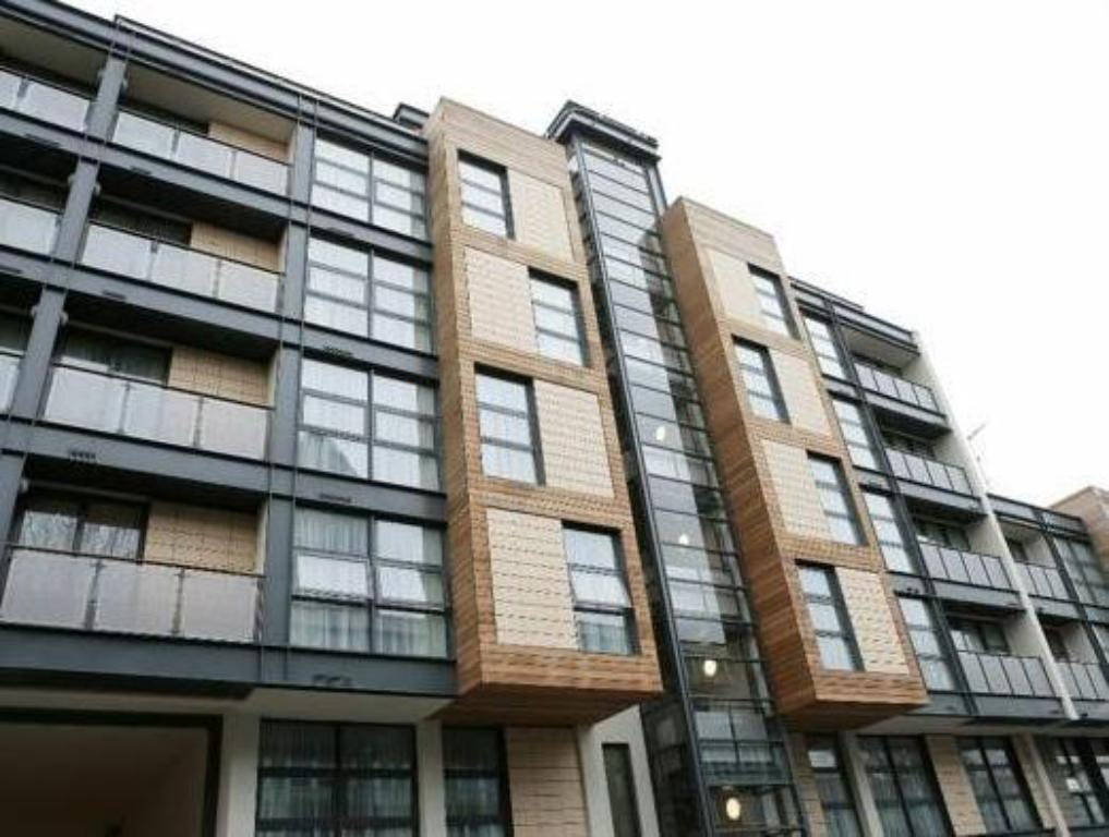 Best Price on Marlin Apartments Canary Wharf in London ...