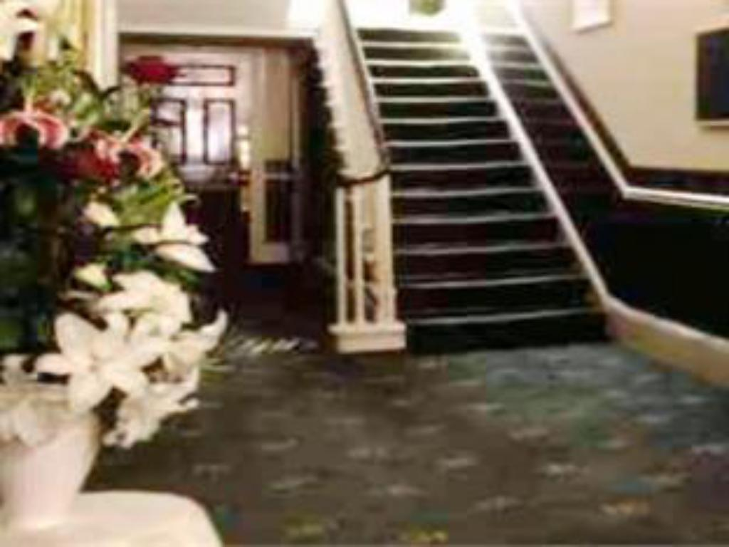 The Georgian Hotel in London - Room Deals, Photos & Reviews
