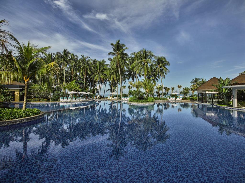 More about Movenpick Resort & Spa Boracay