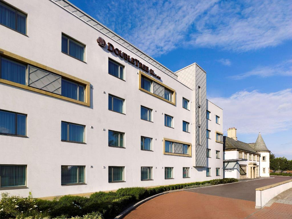 More about DoubleTree by Hilton London Heathrow Airport