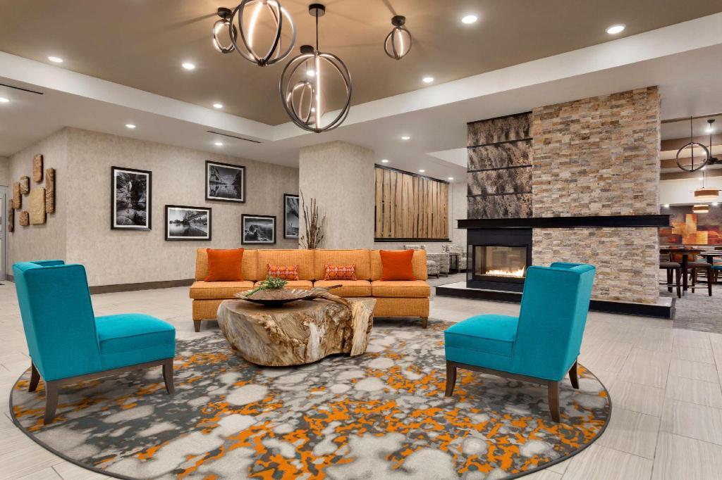 Лобби Homewood Suites by Hilton Moab