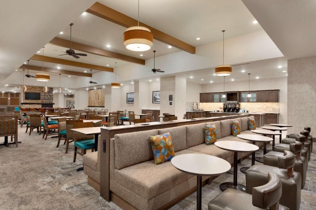 Bar Homewood Suites by Hilton Moab