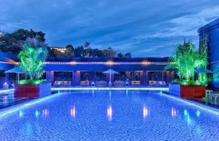 코타키나발루의 힐튼 코타키나발루 (Hilton Kota Kinabalu) :: 아고다 - Agoda