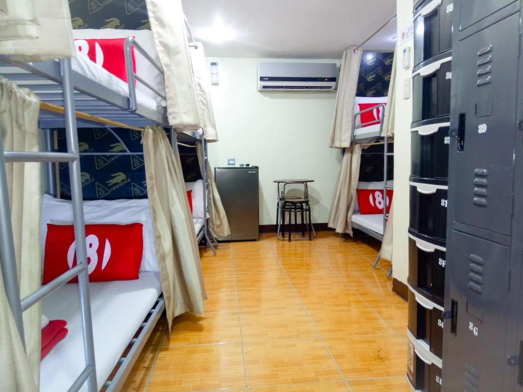 1 Person in 8-Bed Dormitory - Female Only - Bed