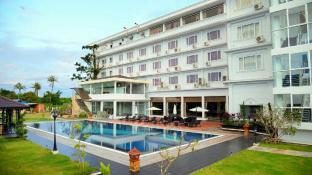 Royal Hinthar Hotel