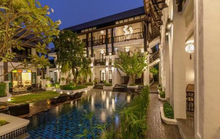 utomhuspool Thai Akara - Lanna Boutique Hotel